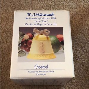 M.J. Hummel Echoes of Joy Christmas Bell 1998